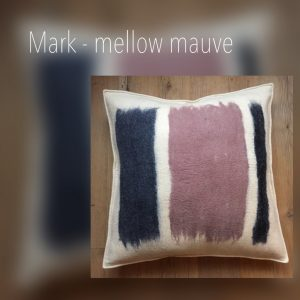 motto_pillows_mark_mellow-mauve